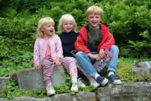 Pierwsze, drugie, trzecie z rodzeństwa... kolejność urodzenia kształtuje charakter?